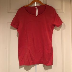Lululemon Swiftly Tech Relaxed Fit Top